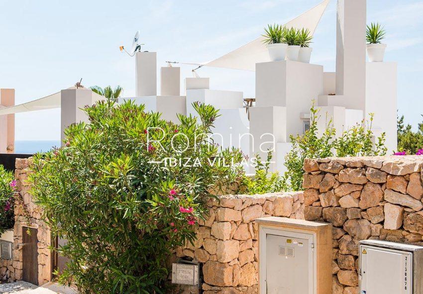 villa aurelia ibiza-2facade street