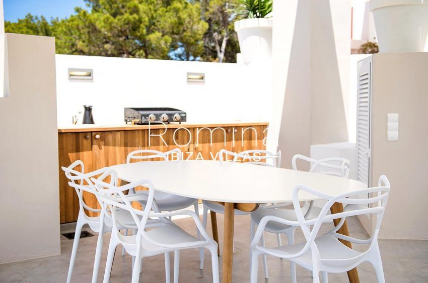 villa aurelia ibiza-2roof terrace dining area kitchen