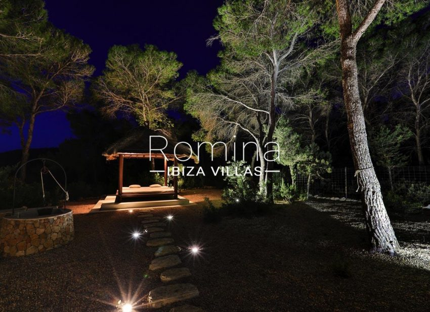 villa blue bay ibiza-2chill out by night