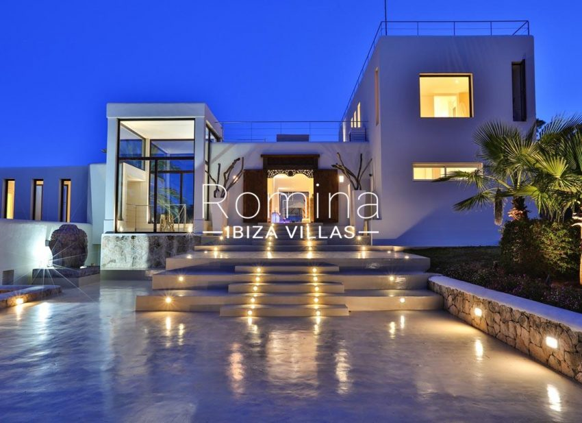 villa blue bay ibiza-2entrance facade by night