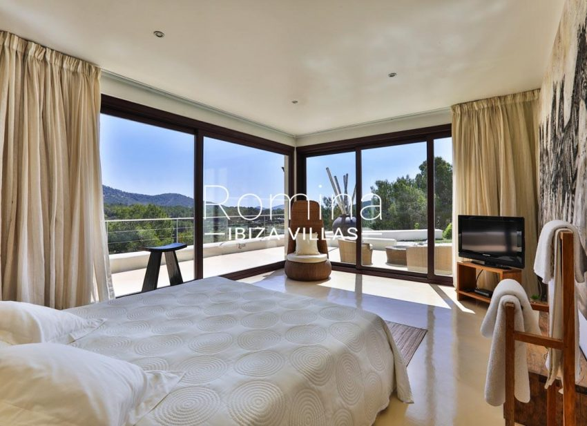 villa blue bay ibiza-4bedroom terrace view