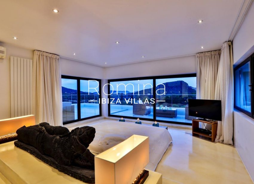 villa blue bay ibiza-4bedroom5 terraceview