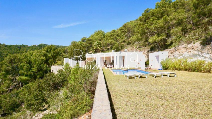 villa paraiso ibiza-2garden housep