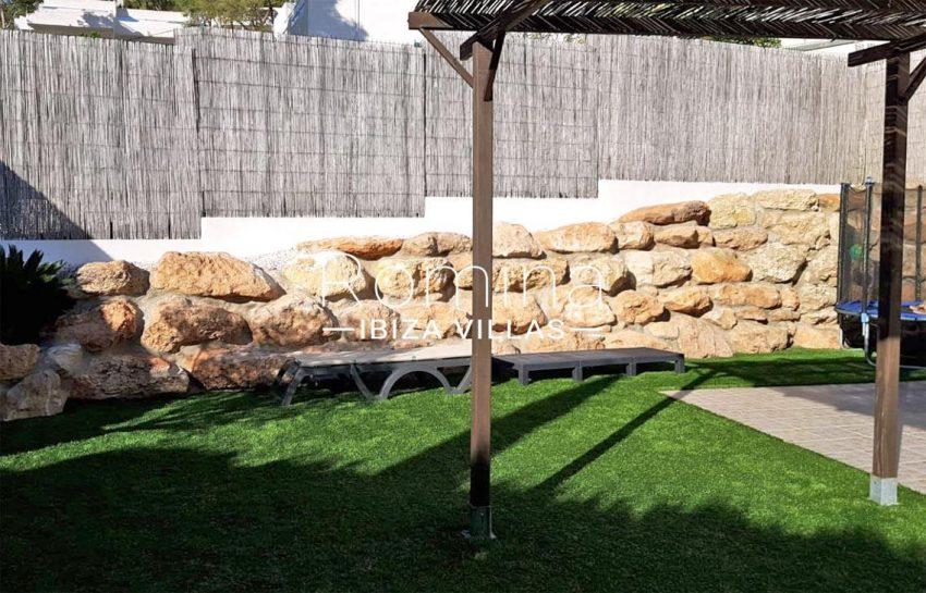 adosado olivo ibiza-2garden pergola terrace