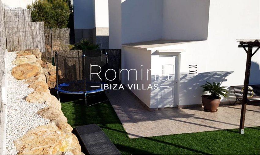 adosado olivo ibiza-2garden prgola terrace
