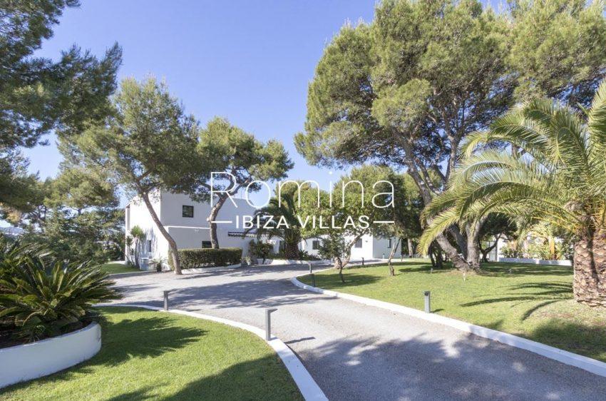 can sarmiento ibiza-2entrqnce house