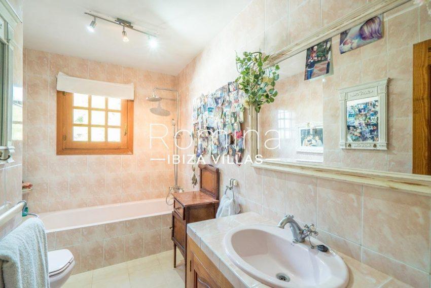 casa danny ibiza-5bathroom2bis
