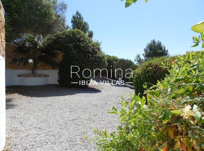 casa ursula ibiza-2entrance garden2