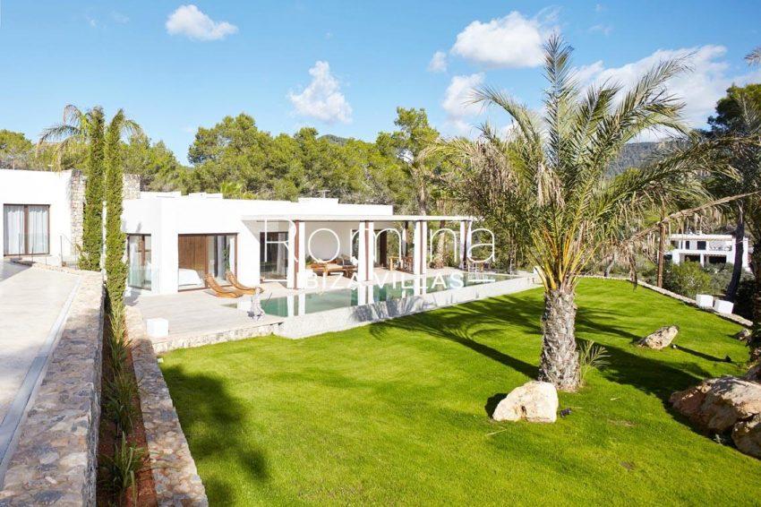 villa esmeralda ibiza-2garden facade