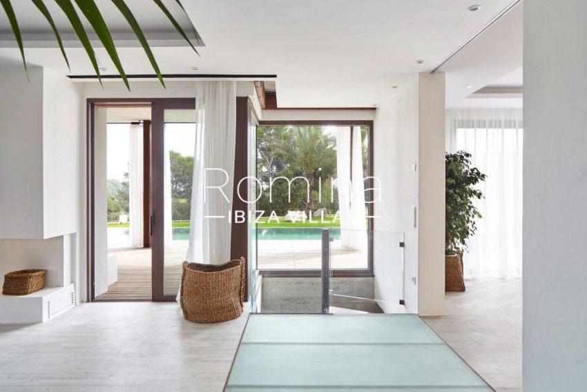 villa esmeralda ibiza-3interior terrace access