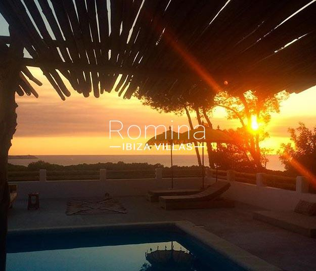 villa mar ibiza-1pool sunset