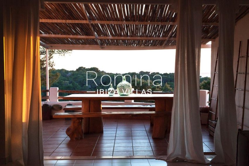 villa mar ibiza-2terrace dining area