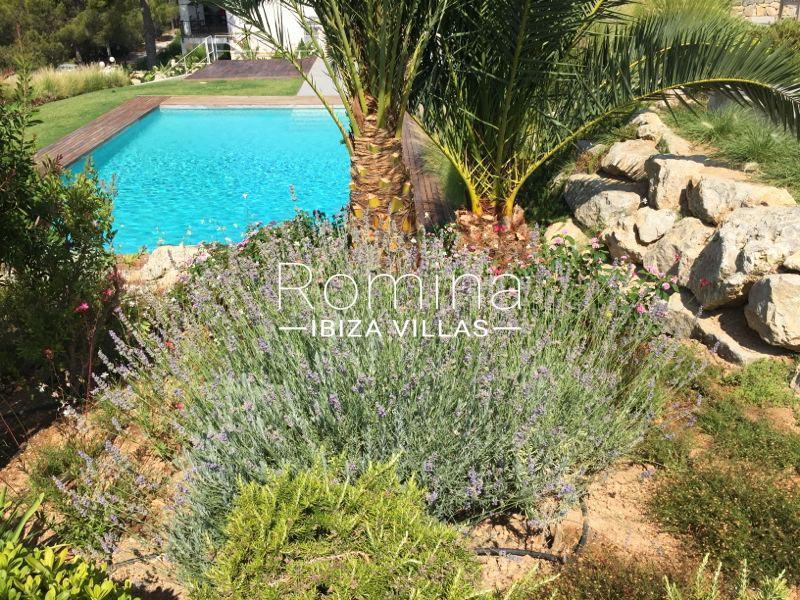 villa namaste ibiza-2pool garden