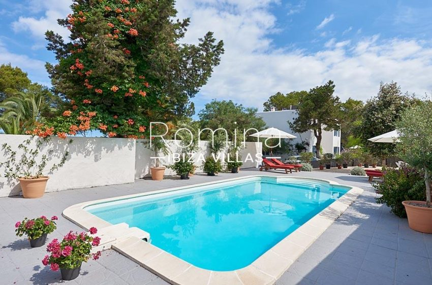 villa punta galera ibiza-2pool terraces2