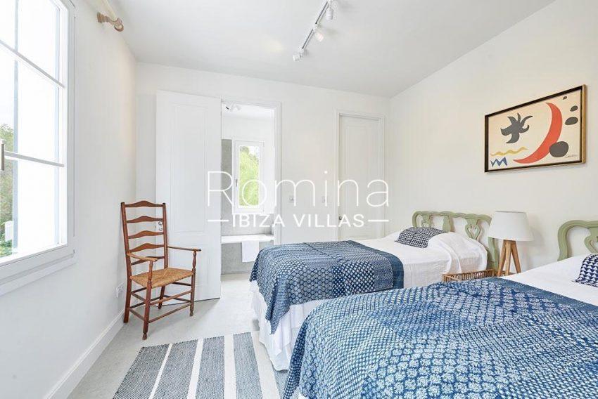 villa punta galera ibiza-4bedroom twin