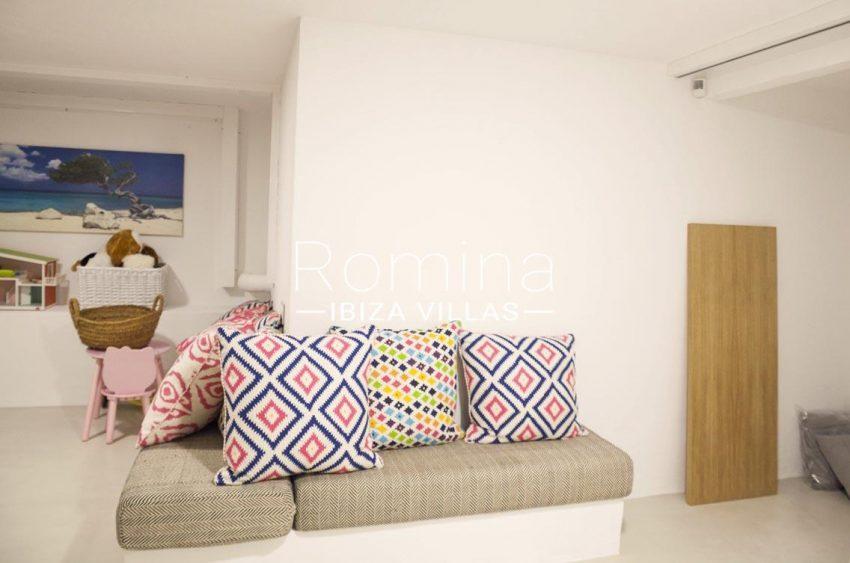 villa topaze ibiza-3stroage room3