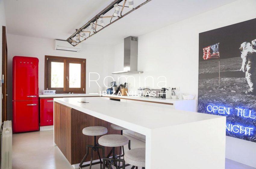 villa topaze ibiza-3zkitchen3