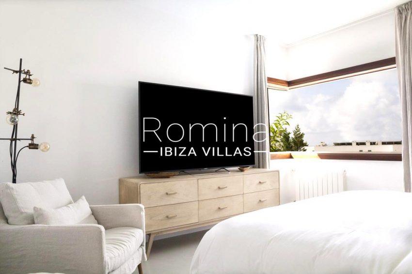 villa topaze ibiza-4bedroom2TV