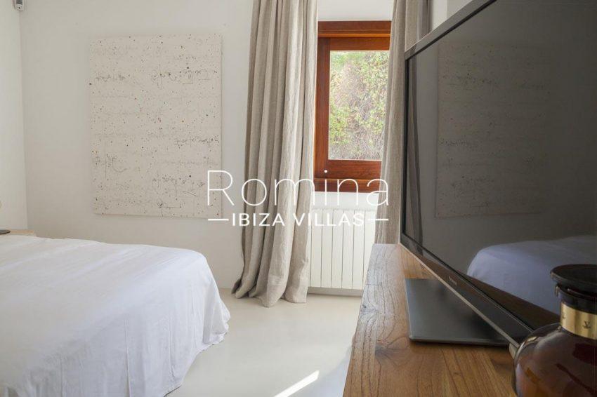 villa topaze ibiza-4bedroom4TV