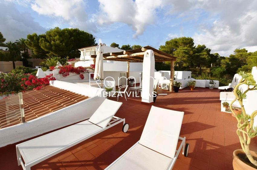 adosado vistas vedra ibiza-1roof terrace chill out