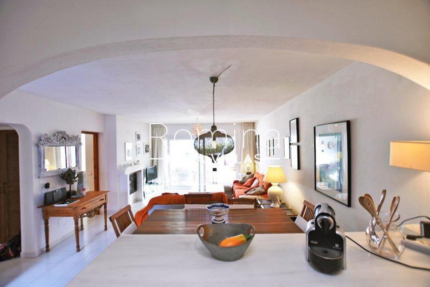 adosado vistas vedra ibiza-3living room from kitchen