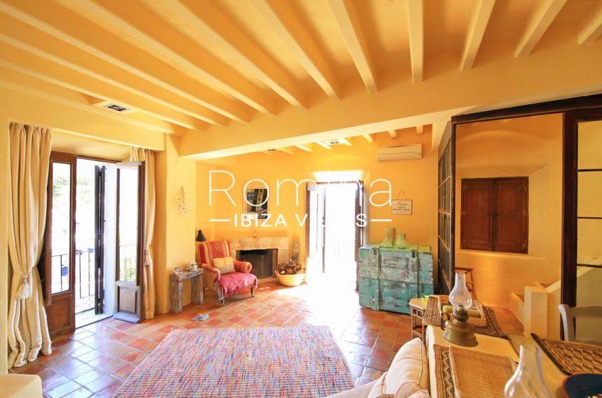 apto dalt vila terraza ibiza-3living room balconies