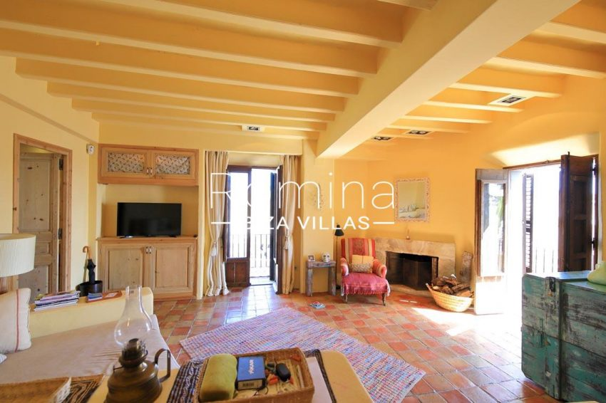 apto dalt vila terraza ibiza-3living room fireplace