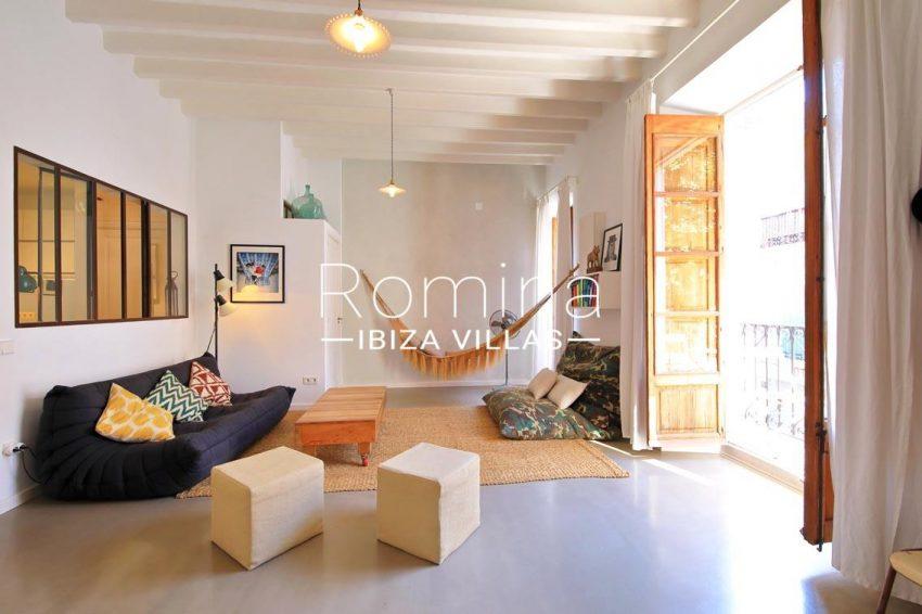apto eivissa ibiza-3living room. hammock
