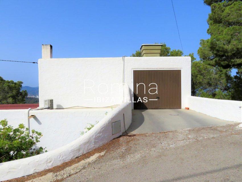 casa tina ibiza-2garage2