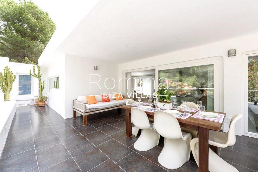 villa sa calma ibiza-2porche dining table sofa