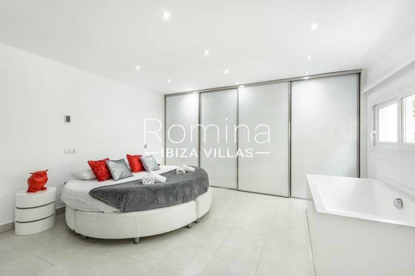 villa sa calma ibiza-4bedroom1 wardrobes