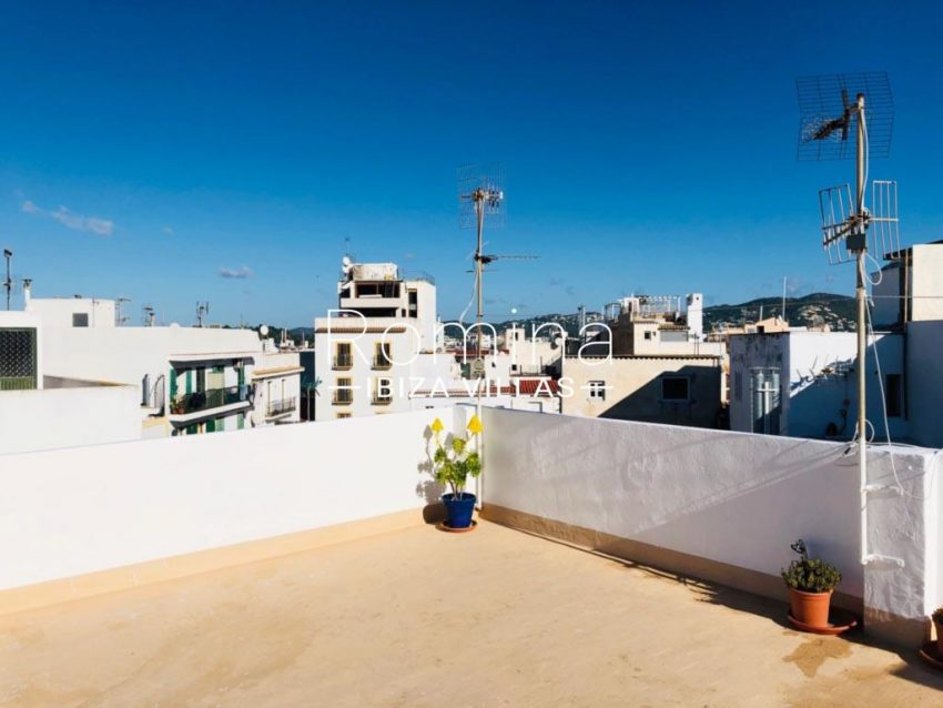 atico port ibiza-1rooftop terrace view