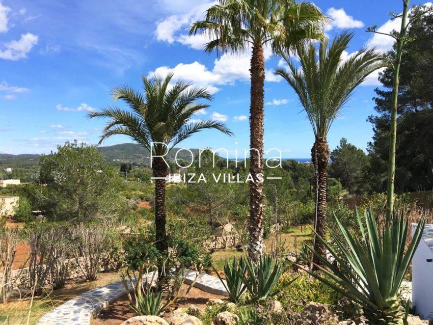 can flora ibiza-1garden sea views