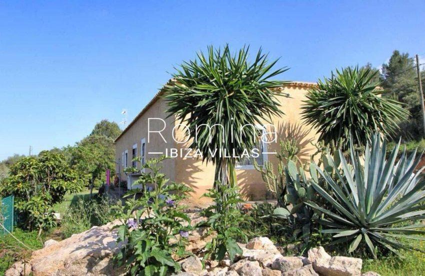 casa romero ibiza-2garden house