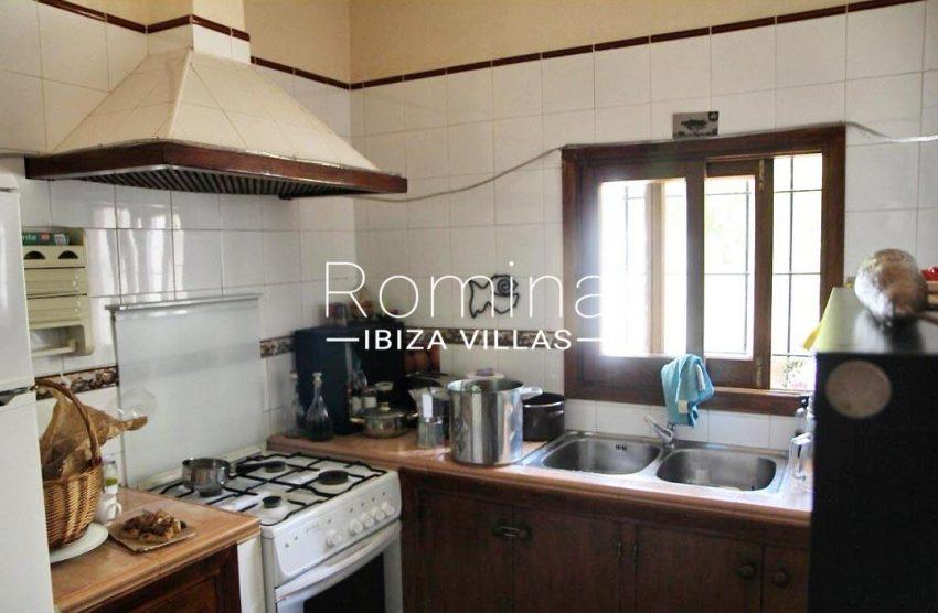 casa romero ibiza-3zkitchen