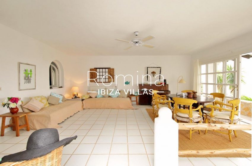 casa summer ibiza-3livingdining room