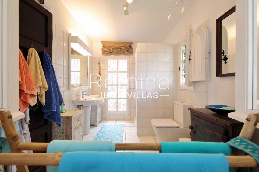casa summer ibiza-5shower room