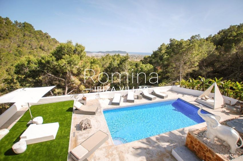 villa kumbo ibiza-1pool sea view salinas