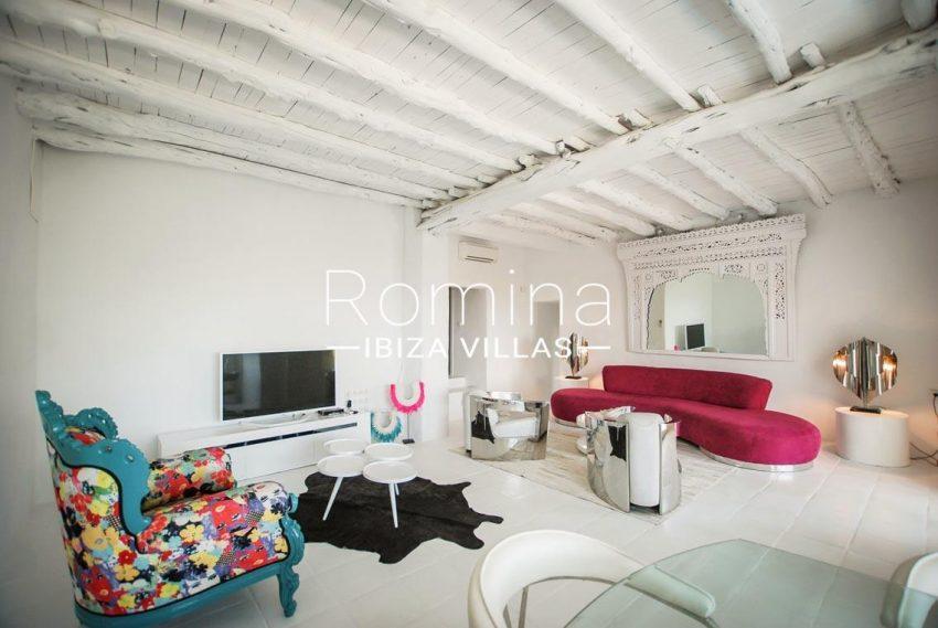 villa kumbo ibiza-3living room2