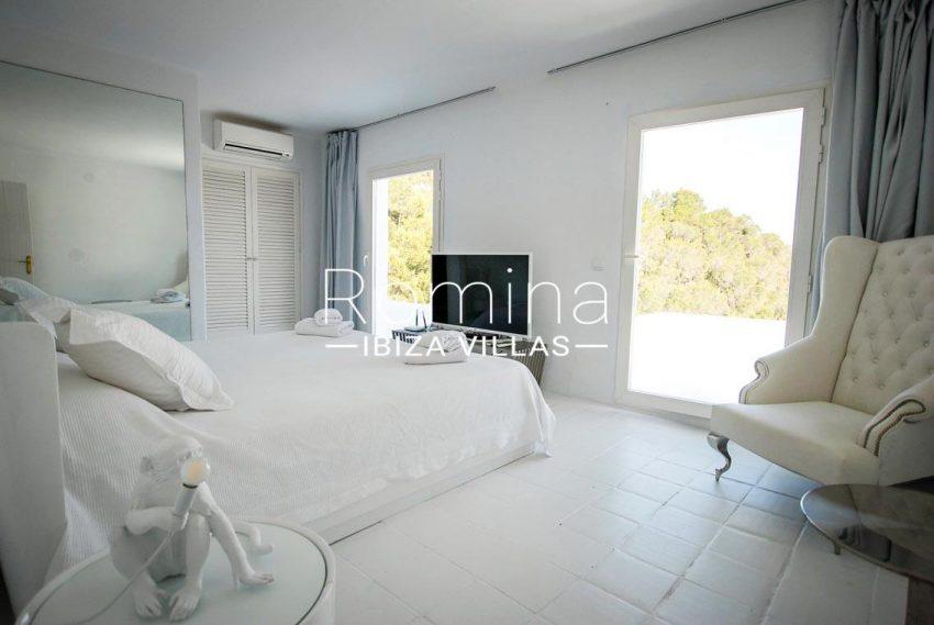 villa kumbo ibiza-4bedroom1bis
