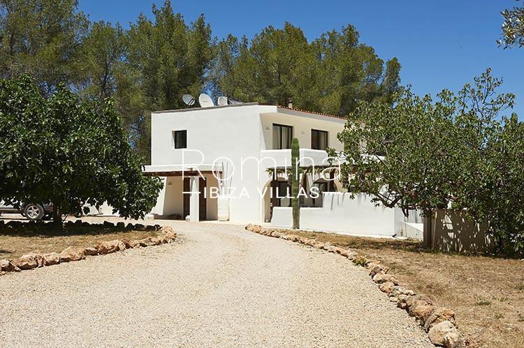 villa palmeras ibiza-2entrance