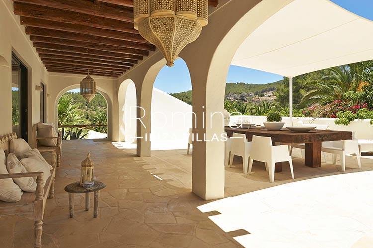 villa palmeras ibiza-2porche terrace dining area