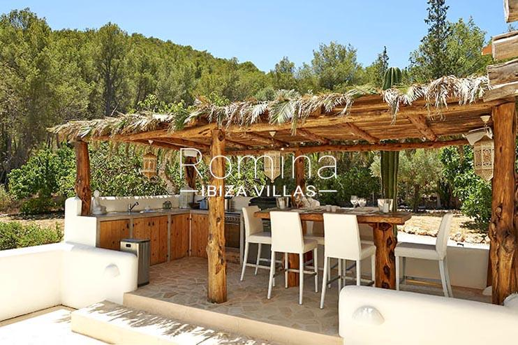 villa palmeras ibiza-2terrace outdoor dining area kitchen2