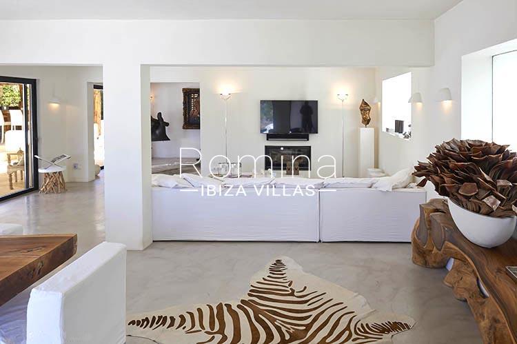 villa palmeras ibiza-3living dining room