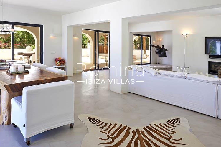 villa palmeras ibiza-3living dining room3