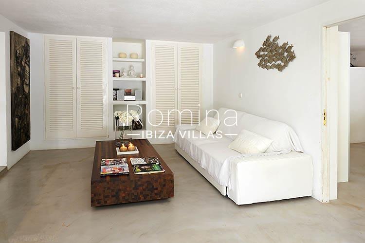villa palmeras ibiza-3living room apt2