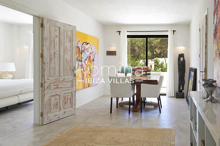 villa palmeras ibiza-3zdining room apt