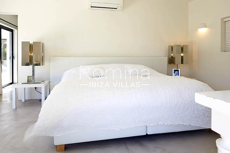 villa palmeras ibiza-4bedroom 1st floor1