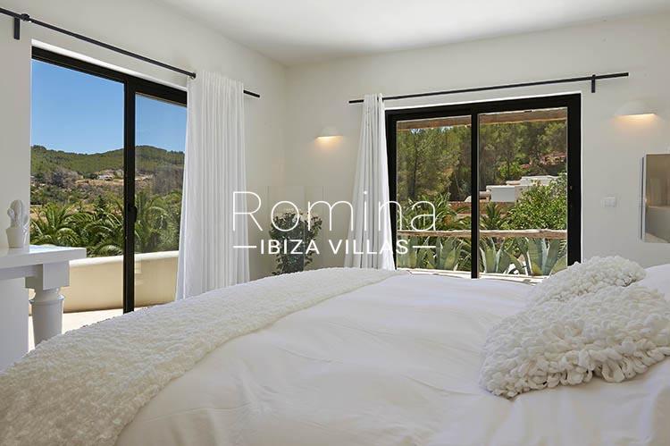 villa palmeras ibiza-4bedroom 1st floor1ter