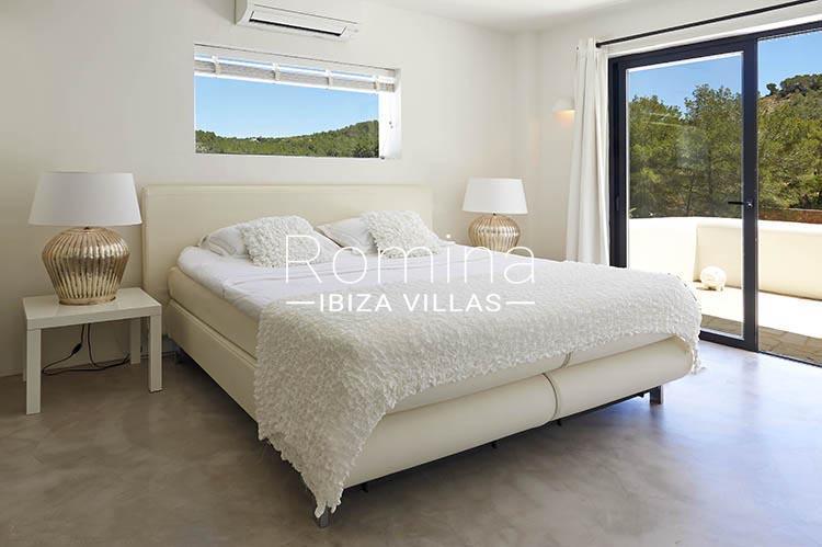 villa palmeras ibiza-4bedroom apt